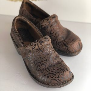 Born Brown Leather Mules 8